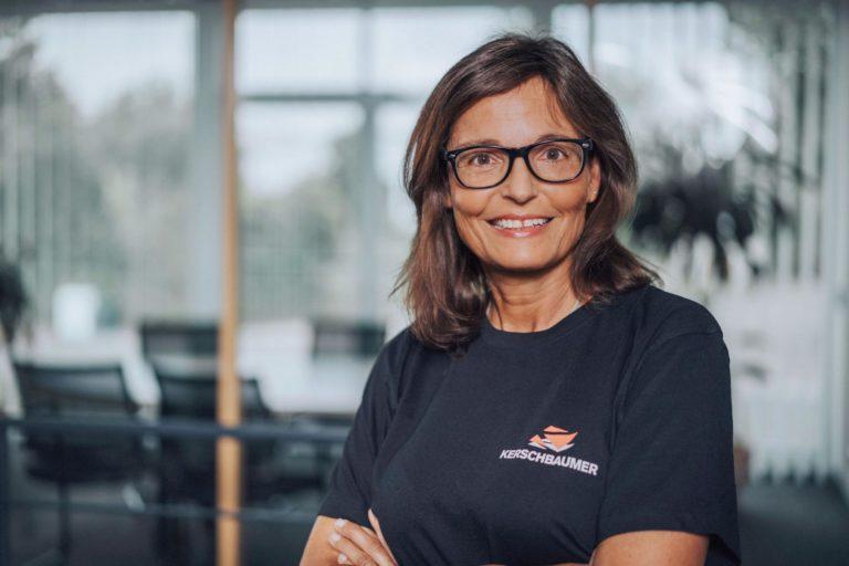 Karin Schneider, Verwaltung – 07733-505-8714 k.schneider@kerschbaumer.de