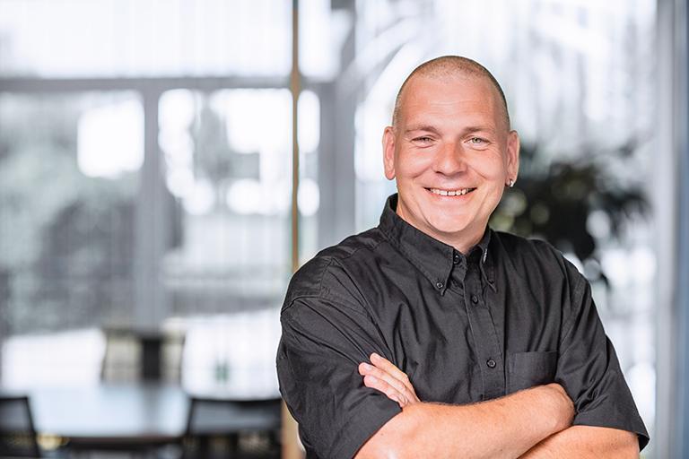 Andy Bauer, Kundendiensttechniker